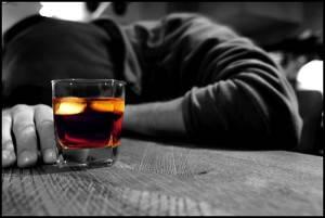 Алкогольное отравление - одна из причин гепатомегалии печени