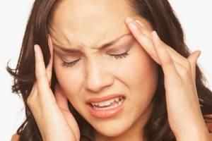 Снижение функции печени  вызывает частые головные боли