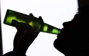 Вне зависимости от того, какой алкоголь (пиво, вино, коньяк или водка)  вред печени наносит ацетальдегид, так называемый «печеночный яд»