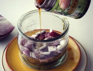 Красный лук с медом - лечебный эффект увеличивается в сотни раз