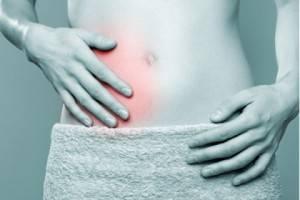 Один из симптомов желтухи - сильная боль в правом боку